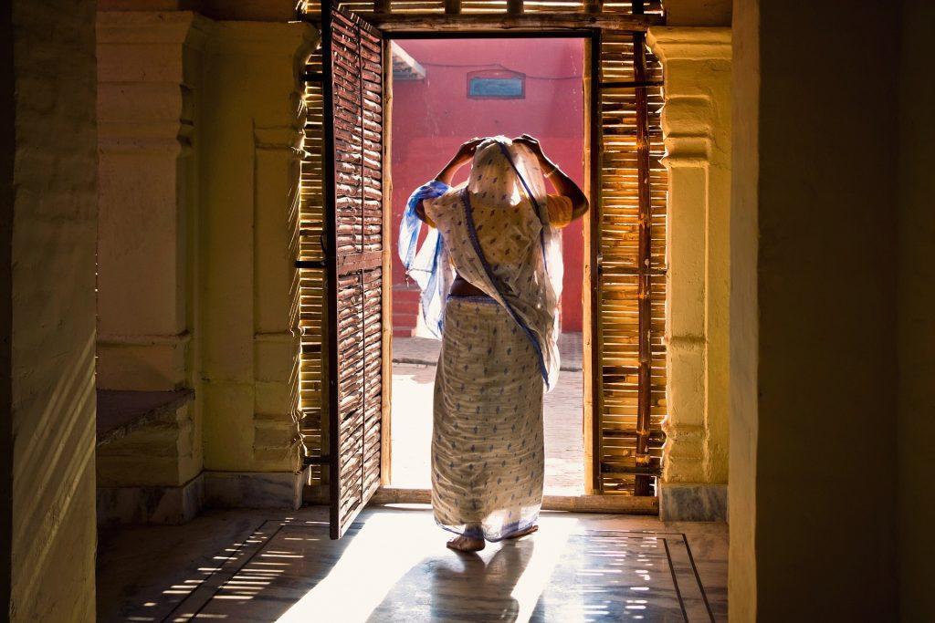 Hindistanda Dul Kadın Olmak Defter Arkası
